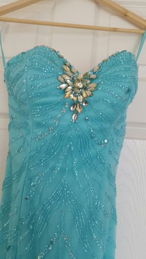 Beautiful Mermaid prom dress for Sale in Lancaster, CA