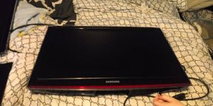 Samsung tvs & Gaming headphones for Sale in Cleveland, OH