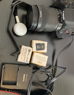Cannon Rebel T5i and Accessories for Sale in GA,  US