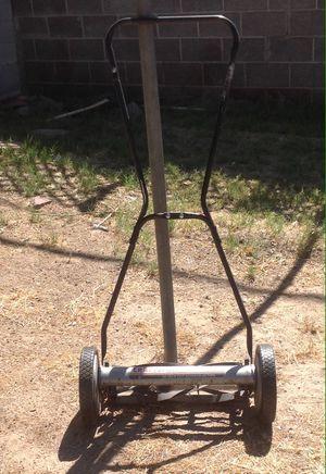 Craftsman Quiet Cut Reel Lawn Mower for Sale in Las Vegas, NV