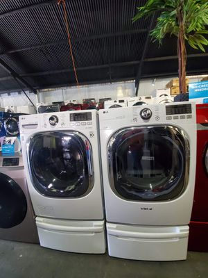 LG Washer And Dryer ONLY $40-$59 DOWN for Sale in Los Alamitos, CA