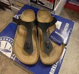 Birkenstock Women's Gizeh Sandal for Sale in Lynnwood,  WA