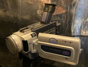 Sony DCR-TRV17 MiniDV Camcorder for Sale in Fridley, MN