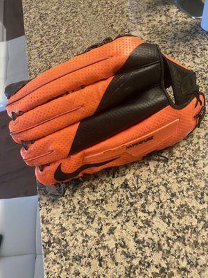 NIKE Vapor V360 Hyperfuse RHT Baseball Glove 12.75 for Sale in Kissimmee, FL