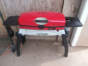 Thermal to go portable barbecue or with stand for Sale in North Highlands, CA