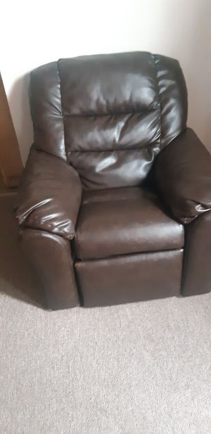 kids recliner for Sale in Buffalo, NY