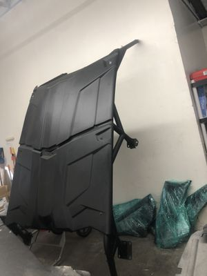 Can am roof and cage brand new for Sale in Riverside, CA