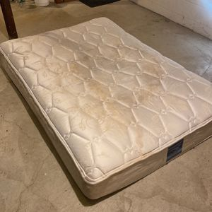 Free Mattress for Sale in West Haven, CT
