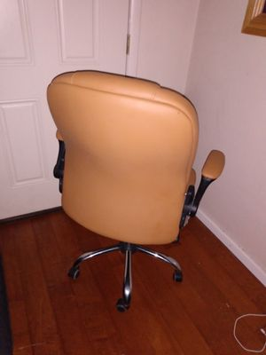 Office chair for Sale in Phoenix, AZ