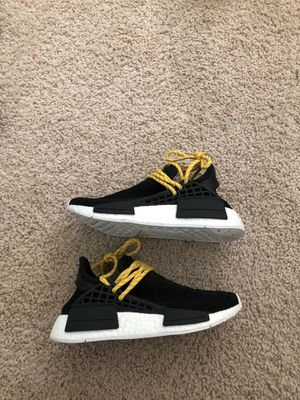 Black pharrell human race nmd size 5 for Sale in Wake Forest, NC