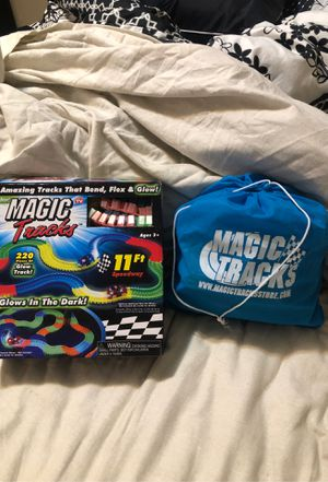 Magic Glow Tracks w/ bag of extras for Sale in Federal Way, WA