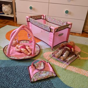 GRACO BABY DOLLS NURSERY PLAY SET for Sale in New Rochelle, NY