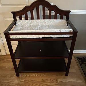 Graco Changing Table for Sale in Douglasville, GA