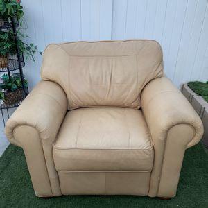 Sofa for Sale in North Las Vegas, NV