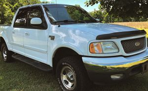 ✅I sell urgently O2 Ford F-15O XLT $8OO for Sale in Stamford, CT