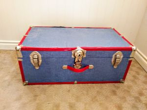 Storage trunk for Sale in Kenmore, WA