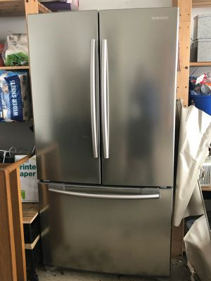 Samsung refrigerator for Sale in Germantown, MD