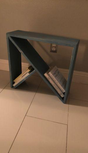 Modern custom built end table/book shelve for Sale in Las Vegas, NV