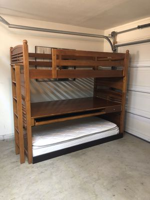 Bunk beds - Solid Wood- Twin Size ⭐️⭐️⭐️🚚 for Sale in San Jose, CA