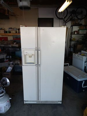 GE Profile Refrigerator/Freezer for Sale in West Valley City, UT