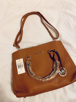 Michael Kors Jet Set Crossbody for Sale in Rock Island, IL