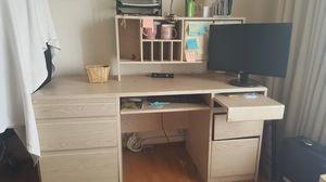 Desk. for Sale in Hacienda Heights, CA