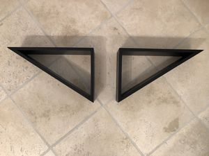 2 pc triangle decorative wall shelves for Sale in Plano, TX