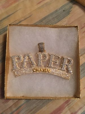 Paper chase chain from Houston at Johnnydang shop. It was 800 but got it for 750; looking to sell it for 500. Solid gold ! Vs diamond . Only put on o for Sale in Port Acres, TX