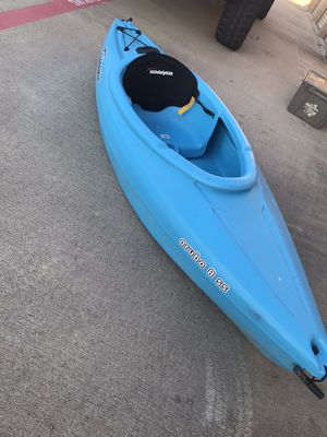 Sun Dolphin Aruba 8' SS Sit-In Kayak, Paddle Included Firm on Price No Less !!!! for Sale in Lewisville, TX