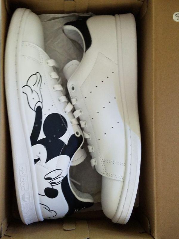 Size 9 Adidas Size 9 Adidas Stan Smith Mickey Mouse