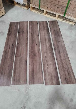 Luxury vinyl flooring!!! Only .65 cents a sq ft!! Liquidation close out! G70S for Sale in Los Angeles, CA
