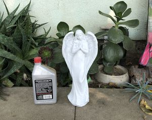 """Brand new cement angel. 14""""tall for Sale in Selma, CA"""