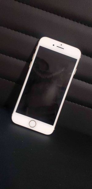 Iphone 8 for Sale in Clayton, MO