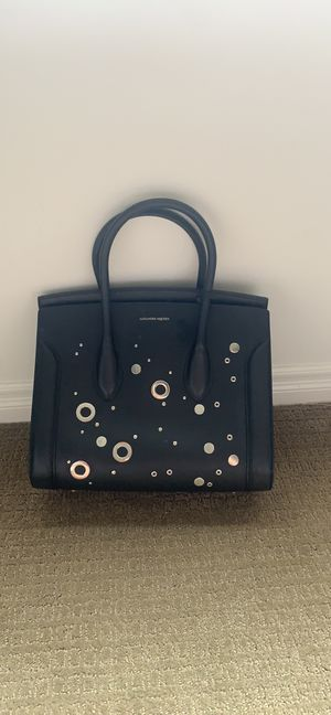 Alexander McQueen Heroine 35 Studded Leather Shopper Tote Bag, Black for Sale in West Los Angeles, CA