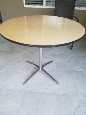 Table 36 inch for Sale in Mesa, AZ