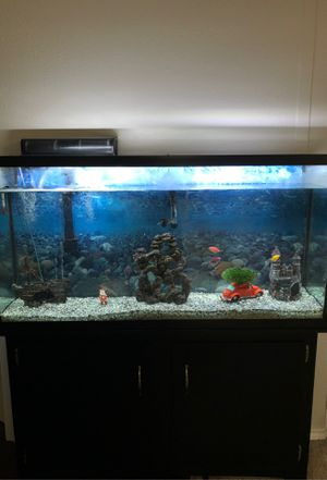 65 Gallon Fish Tank for Sale in Euless, TX