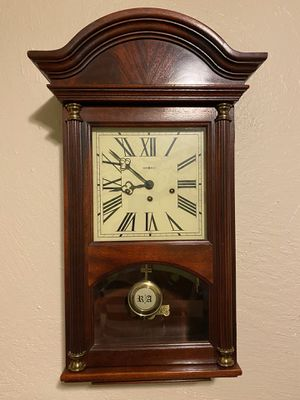 """Howard Miller Chime Large Wall Clock"""" currently not working. for Sale in Phoenix, AZ"""