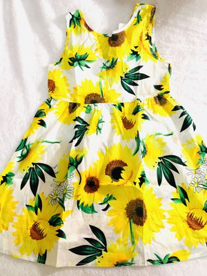 5t and 6x yellow sunflower summer dress $12 each for Sale in National City, CA