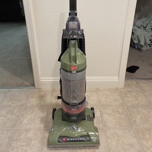 Hoover Windtunnel Vacuum for Sale in Modesto, CA