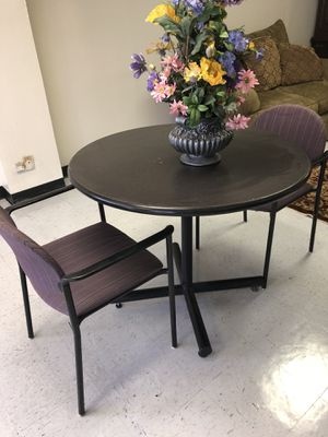 Table with 2 chairs for small kitchen for Sale in McKinney, TX