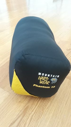 "Sleeping bag "" Phantom 15"" Mountain Hardwear for Sale in Darien, IL"