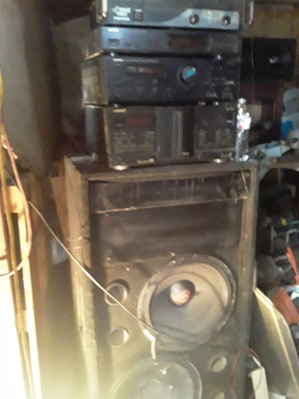 Stereo Entertainment System receiver and receiver 15 inch speakers