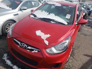 l2013 Hyundai accent 124k clean title for Sale in Columbus, OH