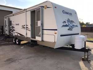 2006 Cougar by Keystone travel trailer for Sale in Houston, TX