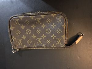 Authentic vintage Louis Vuitton toiletry tote for Sale in Anderson, SC