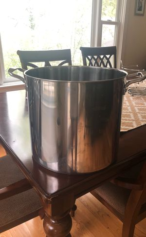 Stainless Steel Pot for Sale in Washington, DC