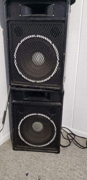 """Two speakers set 15"""" for Sale in Montgomery, IL"""