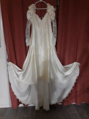 Size 12 vintage Victorian style wedding dress for Sale in Glendale, AZ