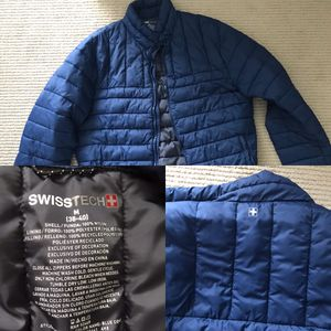 ✅SwissTech Like New 🎁 Puff Coat Jacket Size M for Sale in Palatine, IL
