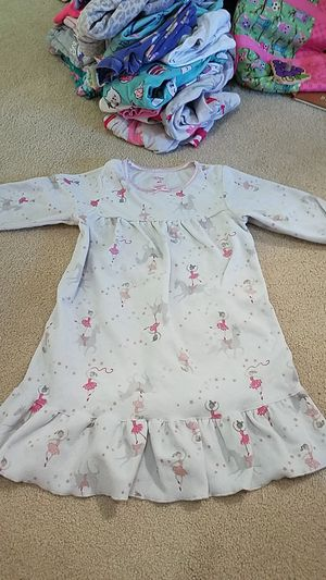 2 girls pjs - size 4t for Sale in Maple Valley, WA